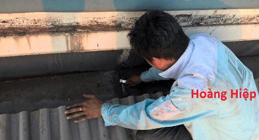 dịch vụ chống dột mái tôn, thợ chống dột mái tôn, dịch vụ chống dột mái tôn tại tphcm, thợ chống dột mái tôn tại tphcm