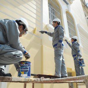 Ảnh thợ sơn sửa nhà tại quận 4 của hoàng hiệp