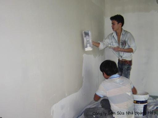 Thợ sơn nhà Củ Chi