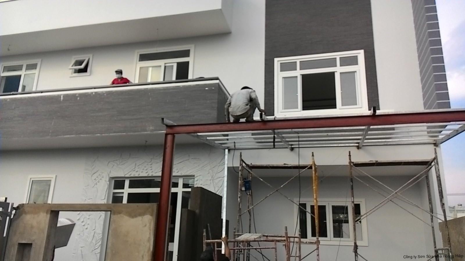 Thợ sơn nhà quận Tân Phú